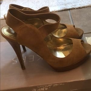 Womans Size 8 Bakers Heels